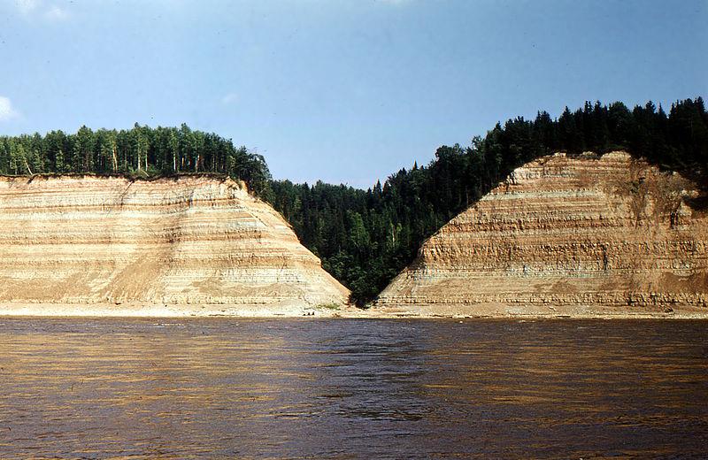 Самая крупная река Вологодской