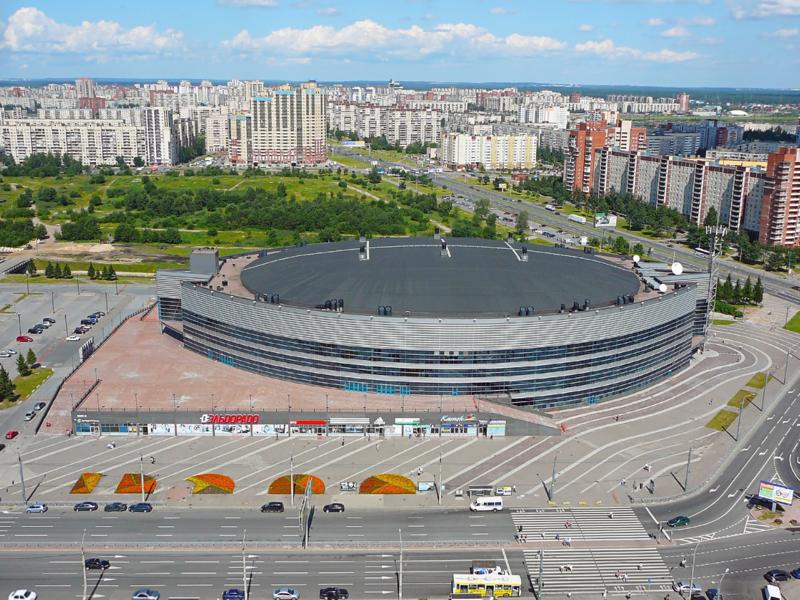 Дворец спорта был построен за