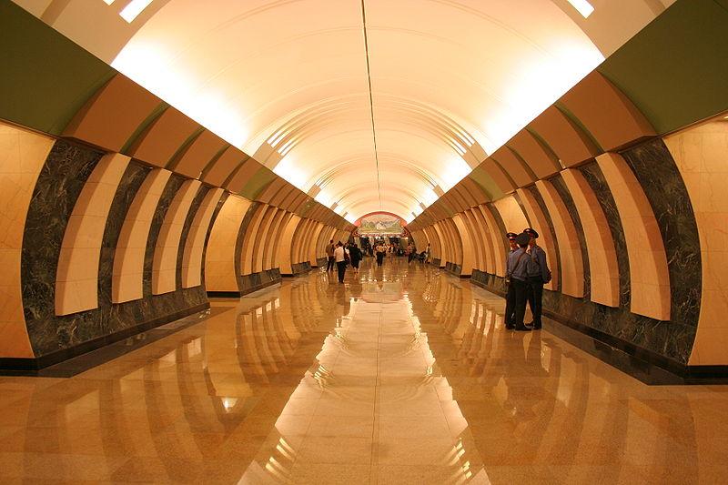 на схеме метро) линии.