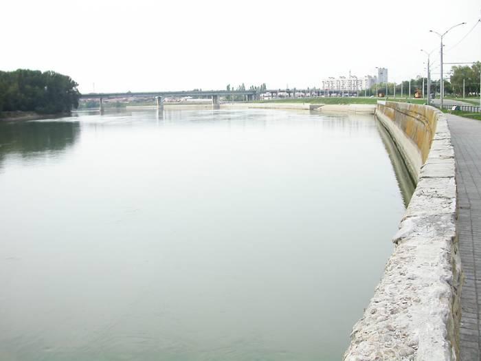 Река Кубань на карте